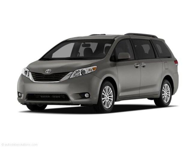 2011 Toyota Sienna XLE Minivan/Van