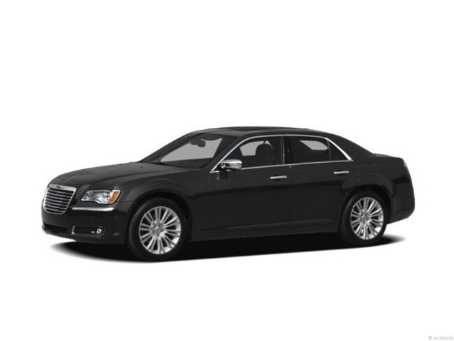2012 Chrysler 300 300C Luxury Series Sedan