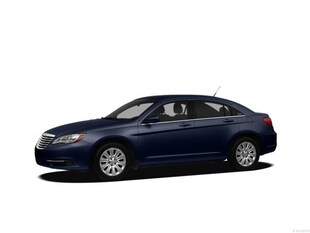 2012 Chrysler 200 Touring Sedan 1C3CCBBB5CN204819