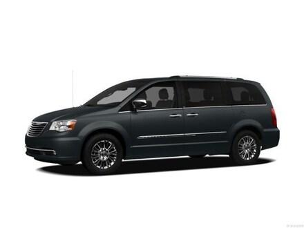 2012 Chrysler Town & Country Touring Minivan/Van