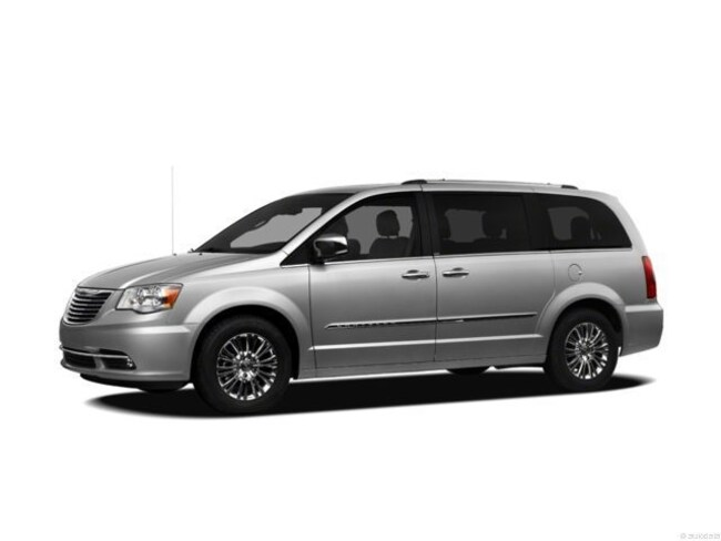2012 Chrysler Town & Country Touring-L Passenger Van