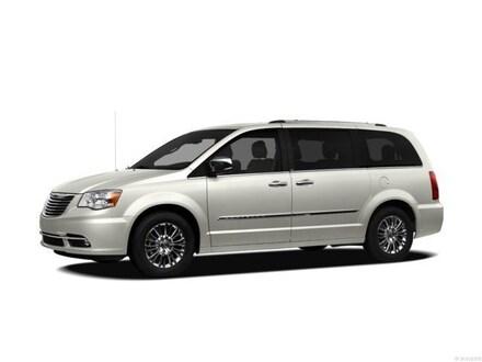 2012 Chrysler Town & Country Touring Van LWB Passenger Van