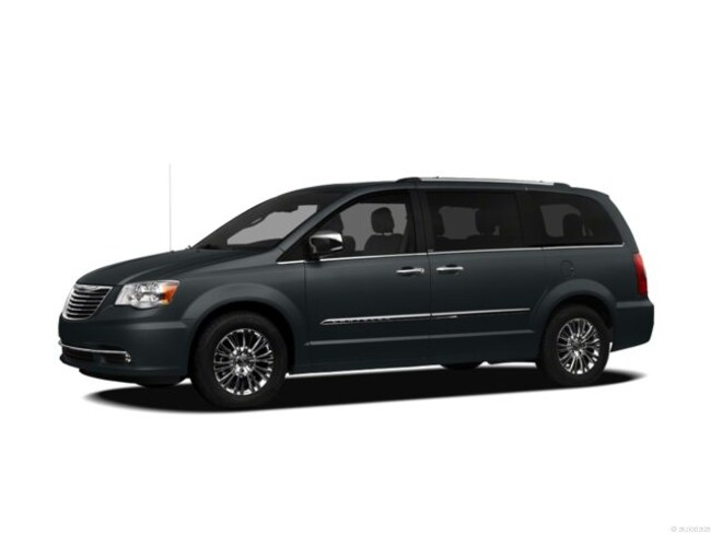 Used 2012 Chrysler Town & Country Touring-L Van Morrison, IL