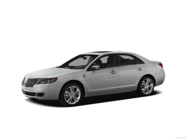 2012 Lincoln MKZ with Moon Roof Sedan