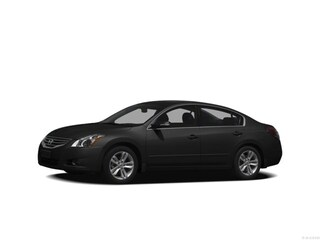 Bargain Used 2012 Nissan Altima 2.5 S Sedan near Providence