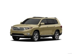 Used 2012 Toyota Highlander Base Sport Utility for sale in Corona, CA