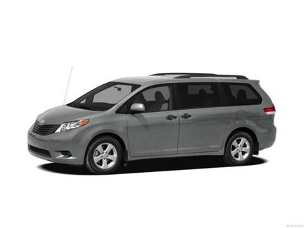 2012 Toyota Sienna LE V6 8 Passenger Van