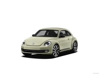 2012 Volkswagen Beetle 2.5L w/Sunroof/PZEV (A6) Hatchback