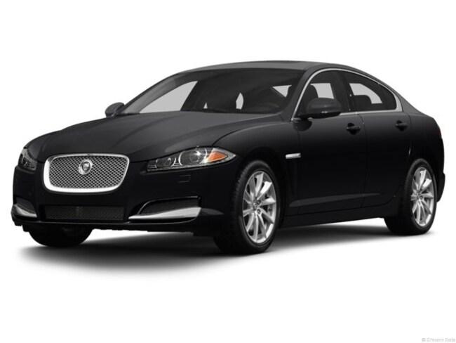 2013 Jaguar XF 2.0T Sedan
