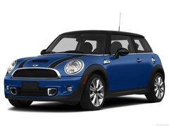 2013 MINI Hardtop Base Hatchback