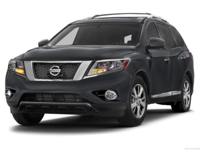 Used 2013 Nissan Pathfinder SUV for sale near Playa Vista