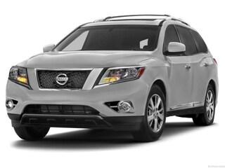 Used 2013 Nissan Pathfinder 4WD 4dr SV SUV Ames, IA