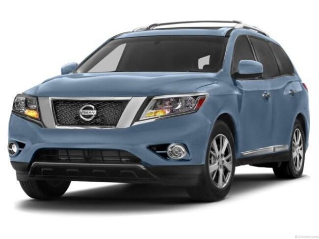 2013 Nissan Pathfinder Platinum SUV