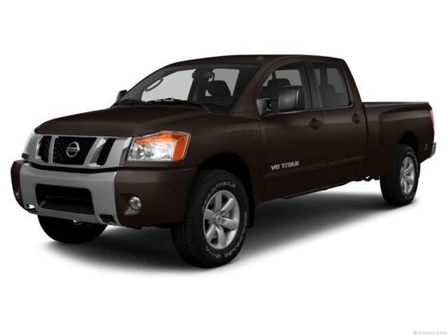 2013 Nissan Titan Truck Crew Cab