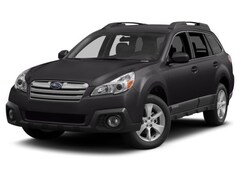 Used 2013 Subaru Outback 2.5i Limited SUV in Green Bay, WI