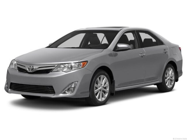 Used 2013 Toyota Camry LE Sedan in Chicago