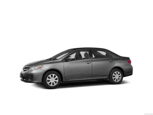 2013 Toyota Corolla LE Sedan