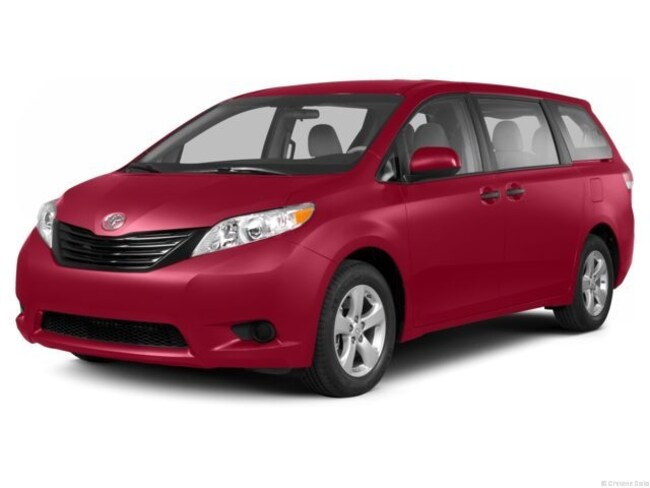 Used 2013 Toyota Sienna LE V6 Van for sale in Fort Myers, FL