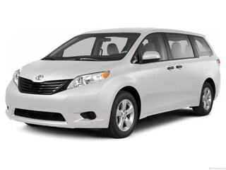 2013 Toyota Sienna LE Van