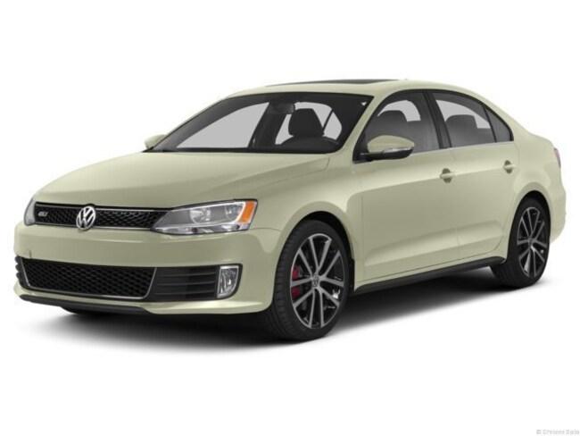 Used 2013 Volkswagen Jetta Autobahn 4dr Sdn DSG  *Ltd Avail* Sedan in Houston