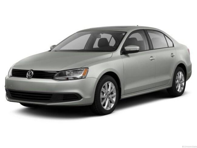 2013 Volkswagen Jetta 2.0L TDI w/Premium/Navigation Sedan
