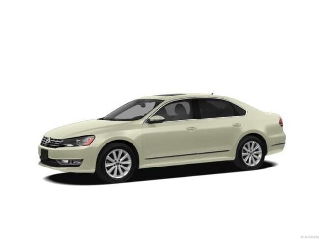 Used vehicle 2013 Volkswagen Passat TDI SEL Premium Sedan for sale in Tucson, AZ
