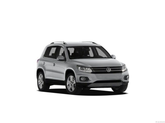 Used 2013 Volkswagen Tiguan S w/Sunroof 2WD  Auto S w/Sunroof *Ltd Avail* Fort Myers