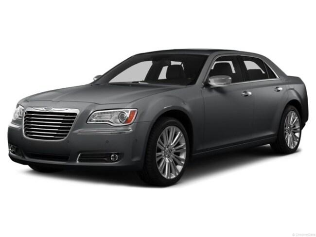 2014 Chrysler 300 300C Car