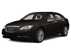 Used 2014 Chrysler 200 Touring Sedan for sale in Ashland OH