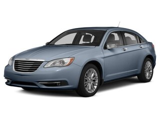 Used 2014 Chrysler 200 LX Sedan Muskegon, MI
