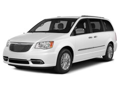 Bargain Used 2014 Chrysler Town & Country Touring Van Twin Falls, ID