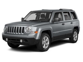 Used 2014 Jeep Patriot Latitude 4x4 SUV 1C4NJRFBXED898512 in Brunswick, OH