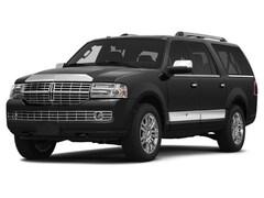 2014 Lincoln Navigator L Sport Utility 4D 4WD