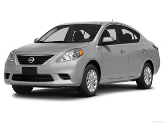 2014 Nissan Versa S Sedan