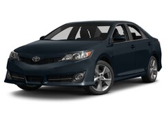 Used 2014 Toyota Camry SE Sedan For Sale in Toledo