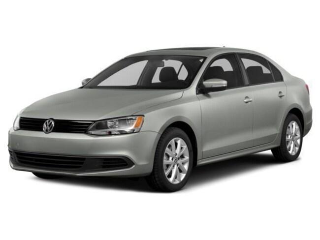 2014 Volkswagen Jetta 2.0L TDI w/Premium/Navigation Sedan