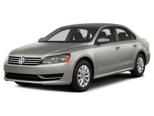 2014 Volkswagen Passat TDI SEL Premium Sedan