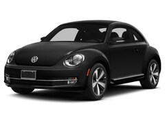2014 Volkswagen Beetle 2.0L TDI w/Sunroof/Sound/Navigation Hatchback