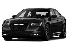 2015 Chrysler 300 Limited Sedan
