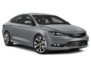 New 2015 Chrysler 200 S Sedan Irving, TX