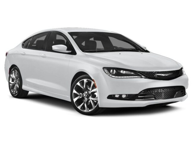 Used 2015 Chrysler 200 S Sedan in Lakeland, FL