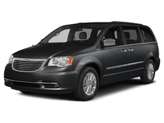 2015 Chrysler Town & Country S Mini-Van
