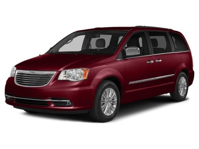 Used 2015 Chrysler Town & Country Touring-L Van For Sale Effingham, IL