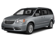 Certified Pre-Owned 2015 Chrysler Town & Country Touring-L Van in Fort Worth, TX