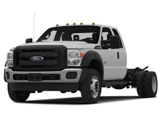 2015 Ford Super Duty F-550 DRW 4WD Supercab 162 WB 60 CA XL Extended Cab Chassis-Cab
