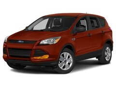 2015 Ford Escape Titanium Four-Wheel Drive with Locking and Limited-Slip Dif
