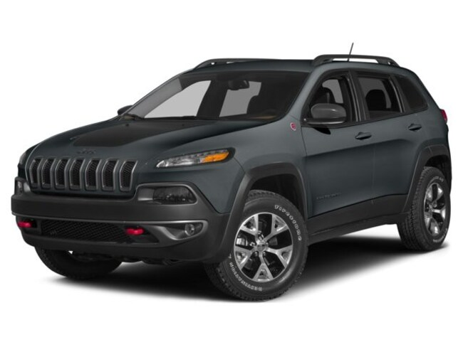 Used 2015 Jeep Cherokee Trailhawk 4x4 SUV in Hannibal, MO