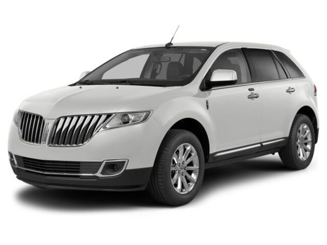 DYNAMIC_PREF_LABEL_AUTO_USED_DETAILS_INVENTORY_DETAIL1_ALTATTRIBUTEBEFORE 2015 Lincoln MKX 4 Door SUV AWD