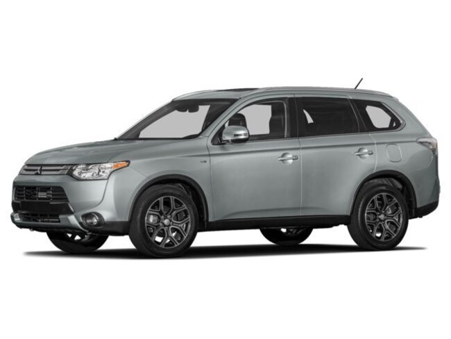 Used 2015 Mitsubishi Outlander 2WD 4dr SE Sport Utility in Cathedral City