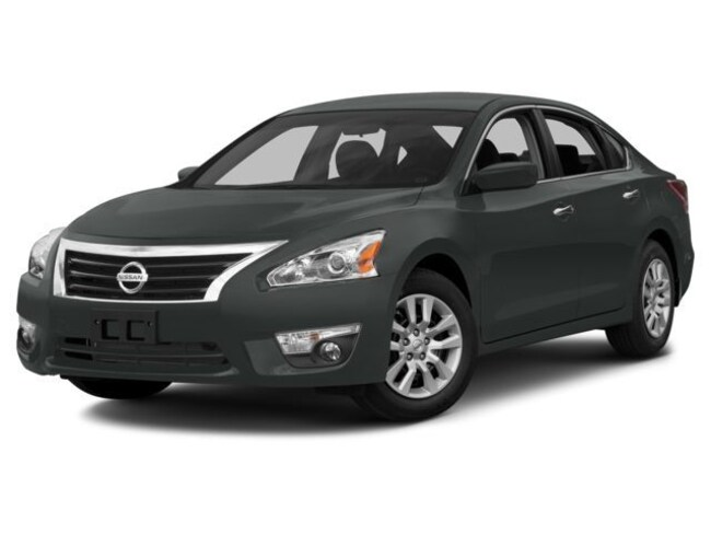 Used 2015 Nissan Altima 4dr Sdn I4 2.5 S Sedan Stockon, CA